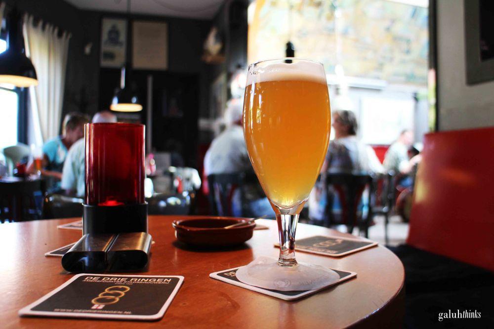 De Drie Ringen serves various type of beer to please your taste bud